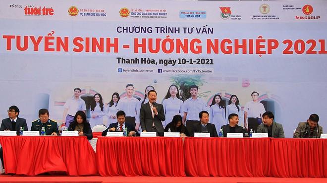 Trường Đại học Hồng Đức tham gia chương trình tư vấn tuyển sinh – hướng nghiệp năm 2021