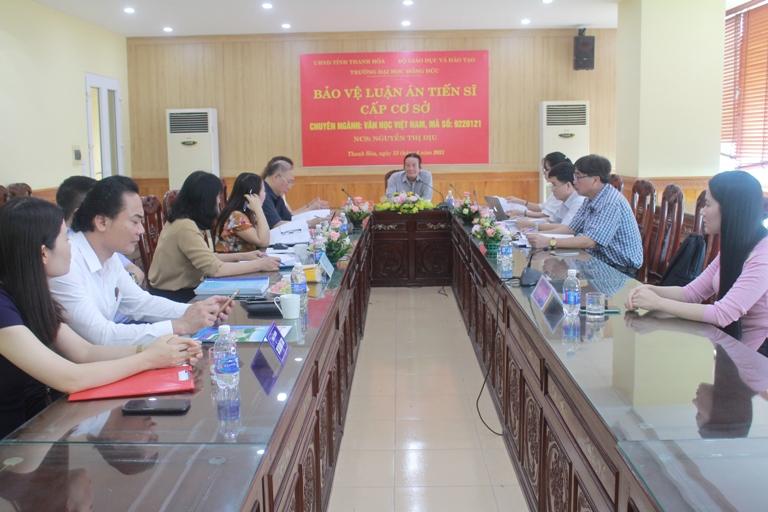 Nghiên cứu sinh Nguyễn Thị Dịu bảo vệ thành công luận án tiến sĩ cấp cơ sở, chuyên ngành Văn học Việt Nam