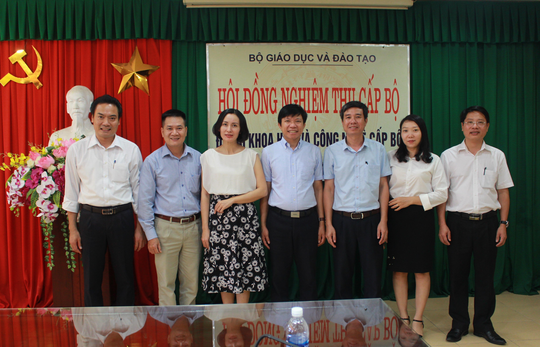 """Nghiệm thu đề tài cấp bộ: """"Quan hệ ngoại giao và thương mại giữa  Việt Nam và Vương quốc Anh thông qua hoạt động của  Công ty Đông Ấn Anh (thế kỷ XVII – XIX)"""""""